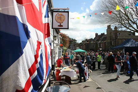 Highworth May Day 2013