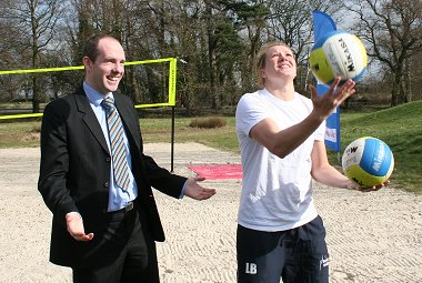 Swindon Councillor Justin Tomlinson with Volleyball professional Lucy Boulton