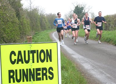 Runners at the Highworth 5 mile in Swindon
