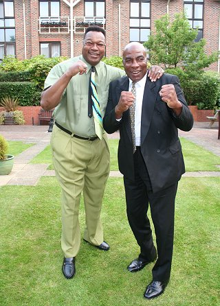 Larry Holmes and Earnie Shavers at KM Promotions Swindon Sporting dinner