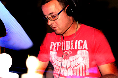 Judge Jules at The Apartment in Swindon