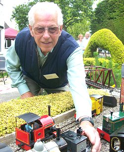 Highworth resident Terry Wicks raising money for Wiltshire Air Ambulance