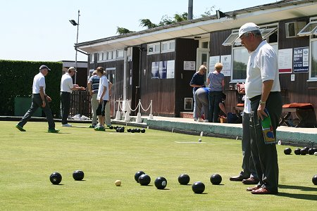 Highworth Bowls Club Open Day 24 May 2009
