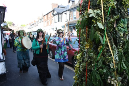 Highworth Jack-In-The-Green May Day parade 02 May 2009