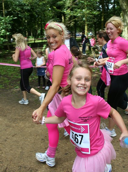 Race for Life, Lydiard Park, Swindon 12 July 2009