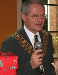 Swindon Mayor Cllr Michael Barnes delivers a speech to staff at Arval