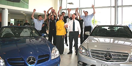 Mercedez-Benz joins forces with Prospect Hospice Swindon