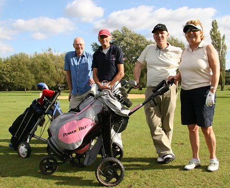 Deacons Jewellers team at the Old Town Business Golf Day 2011