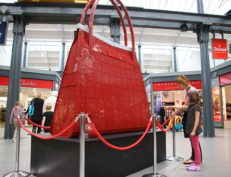 Osprey Legi handbag Swindon Designer Outlet