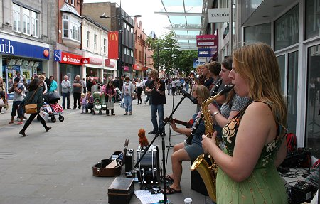 Threepenny Bit Busking in Swindon Town Centre