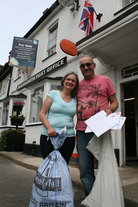 Highworth Post Office Closes