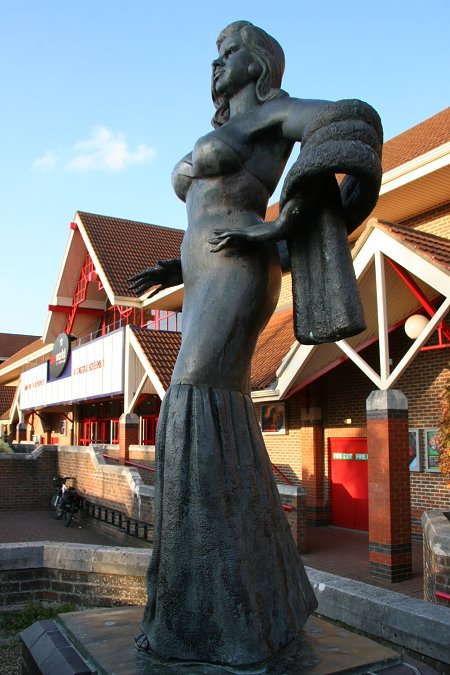 Diana Dors statue West Swindon