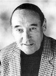 Desmond Morris, Swindon's famous author and animal behaviourist