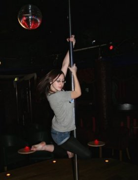 Pole Dancing in Swindon at FoxiesXtreme