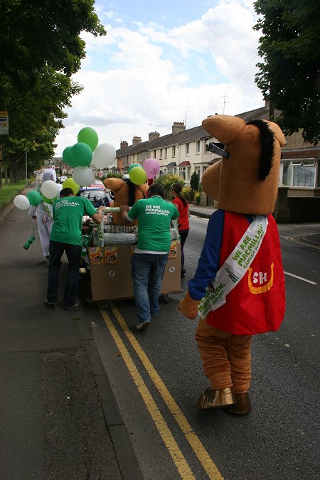 Hungry Horse bed push, Swindon
