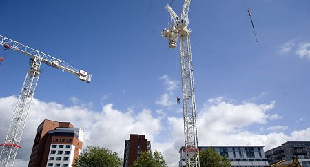 Crane Exercise in Swindon