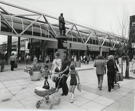 Brunel Centre Swindon 1973