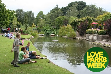 Queen's Park, Swindon - Love Parks Week