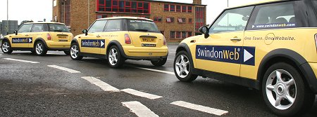 SwindonWeb Minis on the Magic Roundabout
