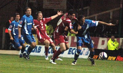 Swindon Town v Orient 06 Nov 2007