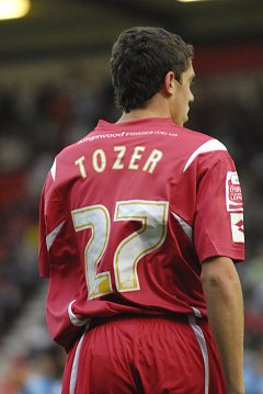 Tozer moves to Newcastle United