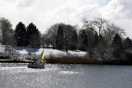 Snow in Swindon - Coate Water 2008