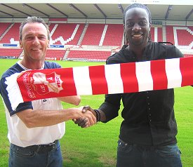 Kevin Amankwaah moves to Swindon Town