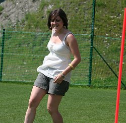 Mel Turner-Wright playing football in Austria