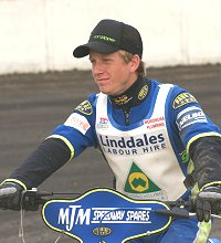 Aussie Richard Sweetman makes his debut for Swindon Robins at the Abbey Stadium