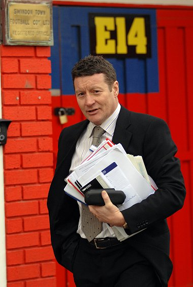 Danny Wilson Swindon Town manager