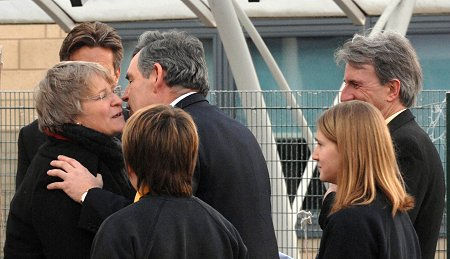 Gordon Brown and Anne Snelgrove in Swindon 09 Jan 2009