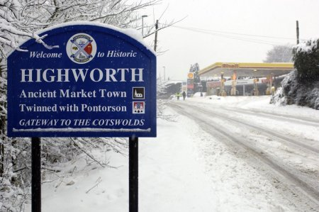 Highworth Snow 06 Feb 2009