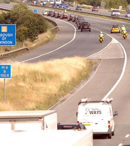 Repatriation convoy joins junction 16 M4 at Swindon