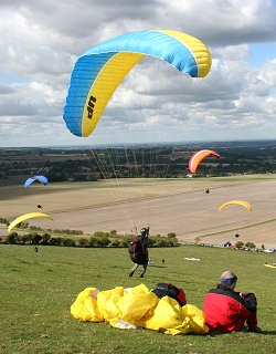 Paragliders in Swindon 15 September 2005
