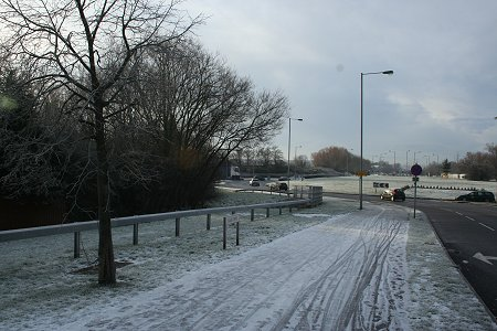 Swindon Roundabout frosted over 2009