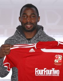 Vincent Pericard Swindon Town