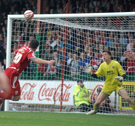 Billy Paynter scores Swindon's third against Brentford 01 May 2010