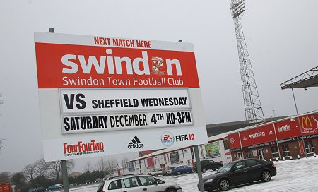 Swindon Town v Sheffield Wednesday 04 Dec 2010