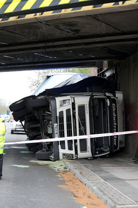 Lorry crashed in Swindon