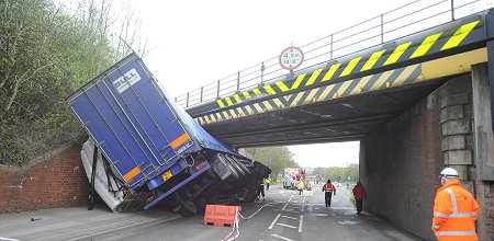 Lorry crashed into bridge in Swindon