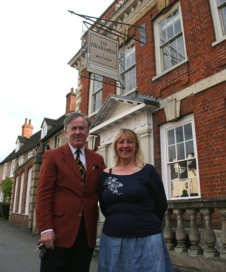 Highworth Hotel Ideal For Julia Walton Art Exhibition