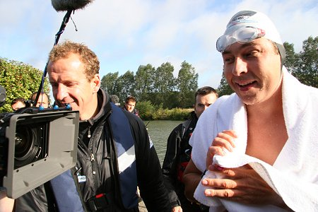 David Walliams Thames Challenge Lechlade