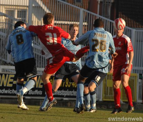 Swindon 4 Scunthorpe 2