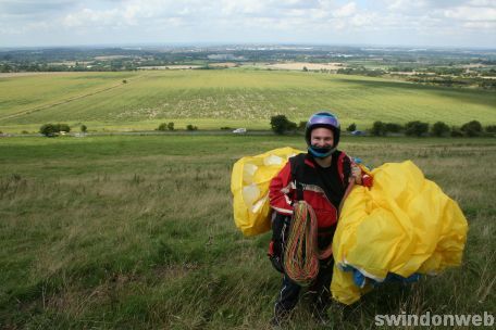 Paragliding on Liddington Hill